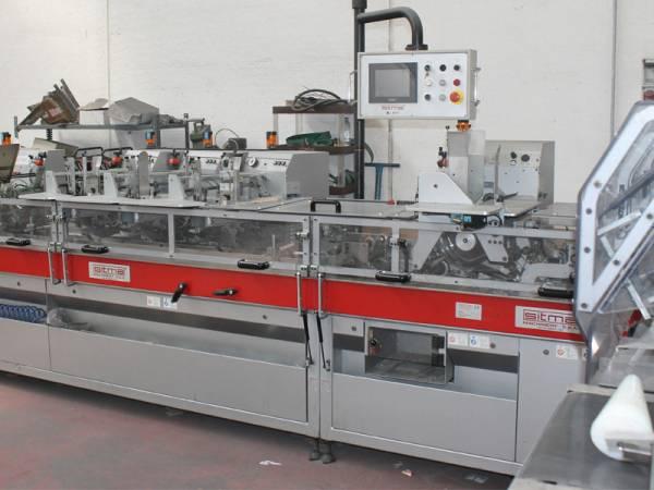 macchinario automatico per confezionamenti in busta